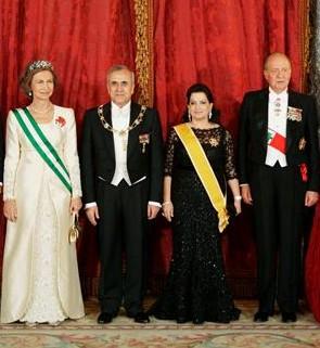 View the image at Casa Real