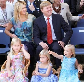 View the image at Het Koninklijk Huis