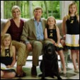 An official photograph of the King and Queen of the Netherlands and their daughters