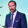 Crown Prince Haakon gives a speech at the CICERO 25th anniversary seminar; 27-04-2015