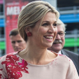 "Queen Maxima arrives for the ""Kids Making Music"" concert; 10-06-2015"