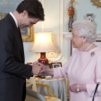 Queen Elizabeth meets Canada's new Prime Minister, Justin Trudeau; 25-11-2015