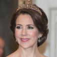 Crown Princess Mary debuts a new tiara at a gala for arts and culture; 15-03-2016