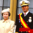 Queen Elizabeth and King Juan Carlos at the official welcoming ceremony at Windsor in April 1986