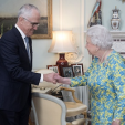 Queen Elizabeth and Prime Minister Turnbull of Australia