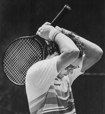 Click image for larger version  Name:1983-04-30 Tennis Match.jpg Views:291 Size:49.7 KB ID:100988