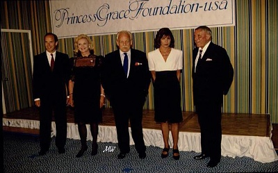 Click image for larger version  Name:1992-08-06 Grace Foundation 10th.jpg Views:315 Size:66.1 KB ID:101144
