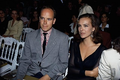 Click image for larger version  Name:1993-00-00 Carole Bouquet.jpg Views:333 Size:60.6 KB ID:101149