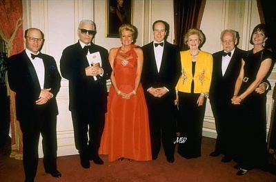 Click image for larger version  Name:1995-03-31 Rose Ball.jpg Views:332 Size:55.0 KB ID:101257