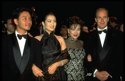 Click image for larger version  Name:1996-05-14 Cannes Festival.jpg Views:255 Size:50.5 KB ID:101274