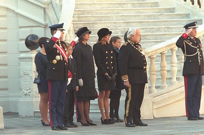 Click image for larger version  Name:1998-11-19 Monaco National Holiday.jpg Views:258 Size:41.2 KB ID:101298