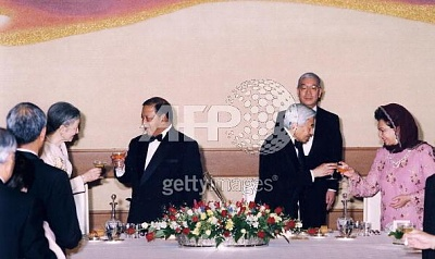 Click image for larger version  Name:State Banquet 1.jpg Views:196 Size:36.6 KB ID:104438