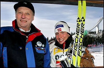 Click image for larger version  Name:Holmenkollen 11 mars 2005_1.jpg Views:139 Size:46.9 KB ID:108447