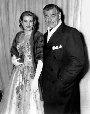 Click image for larger version  Name:Grace with Clark Gable.jpg Views:434 Size:16.0 KB ID:109072