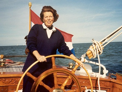 Click image for larger version  Name:foto beatrix op groene draeck.JPG Views:225 Size:102.3 KB ID:109325