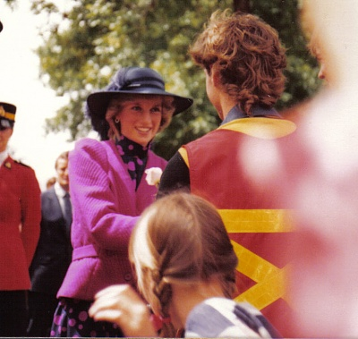 Click image for larger version  Name:1983 july 1  22nd Bday Edmonton.jpg Views:548 Size:172.9 KB ID:110020