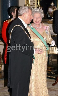 Click image for larger version  Name:state dinner 3.jpg Views:175 Size:39.7 KB ID:111051