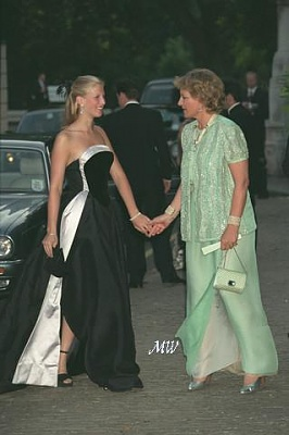 Click image for larger version  Name:1999-07-07 Gala 13 APL.JPG Views:2042 Size:20.4 KB ID:114209