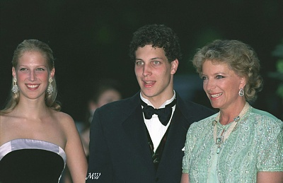 Click image for larger version  Name:1999-07-07 Gala 16 APL.jpg Views:1834 Size:148.5 KB ID:114212