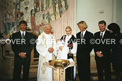 Click image for larger version  Name:christening.JPG Views:1448 Size:94.9 KB ID:114552