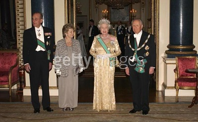 Click image for larger version  Name:State dinner 2.jpg Views:217 Size:39.3 KB ID:114790