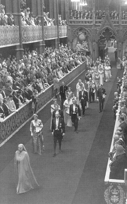 Click image for larger version  Name:34 - Princess Alice leads the Mountbatten family.jpg Views:980 Size:96.2 KB ID:115908