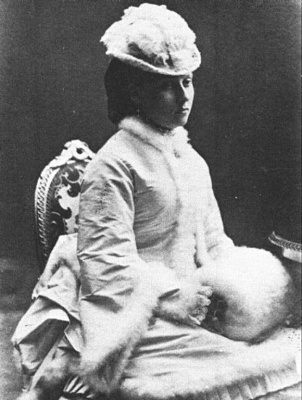 Click image for larger version  Name:Princess Beatrice in 1872.jpg Views:360 Size:58.9 KB ID:116059