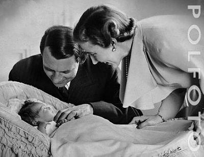Click image for larger version  Name:Margrethe Newborn 02.JPG Views:338 Size:26.2 KB ID:117671