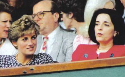 Click image for larger version  Name:1991 07 At Wimbledon with Lucia a.jpg Views:413 Size:48.5 KB ID:117957