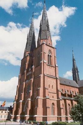 Click image for larger version  Name:745860-Uppsala_Domkyrka-Uppsala.jpg Views:202 Size:30.5 KB ID:118048