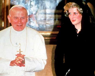 Click image for larger version  Name:Diana i Vatikanen 1985_1.jpg Views:467 Size:17.2 KB ID:118579