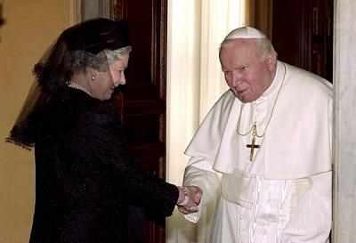 Click image for larger version  Name:Drottning Elizabeth i Vatikanen_2.jpg Views:385 Size:76.6 KB ID:118582