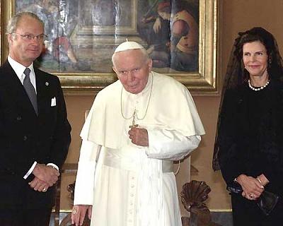 Click image for larger version  Name:med Kungaparet i Vatikanen november 1999.jpg Views:399 Size:23.4 KB ID:118600