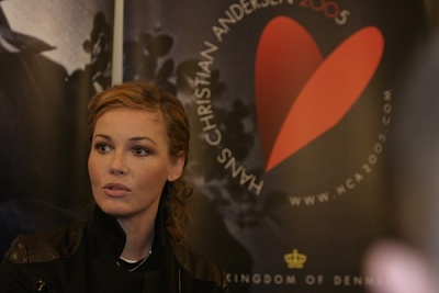 Click image for larger version  Name:Connie Nielsen1.jpg Views:344 Size:49.6 KB ID:118617