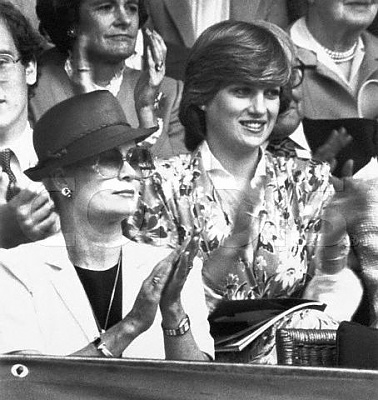 Click image for larger version  Name:two princesses 1981.jpg Views:428 Size:43.9 KB ID:119808