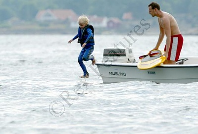 Click image for larger version  Name:water_fun.jpg Views:280 Size:25.7 KB ID:12033