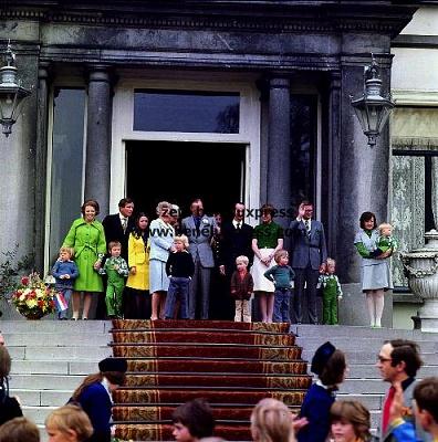 Click image for larger version  Name:1977___Bordes___Juliana___Koninginnedag.JPG Views:241 Size:60.8 KB ID:12167