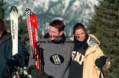 Click image for larger version  Name:wintersport__1999__marilene_van_den_broek__maurits__oostenrijk.JPG Views:198 Size:38.6 KB ID:12222
