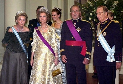 Click image for larger version  Name:gala spain.jpg Views:323 Size:72.8 KB ID:122934