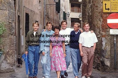 Click image for larger version  Name:1990___Italie__Porte_Ercole__zomervakantie.JPG Views:473 Size:41.6 KB ID:12343