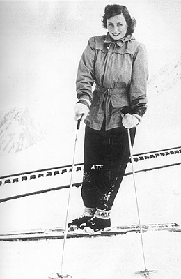 Click image for larger version  Name:1948skiing.jpg Views:1049 Size:79.6 KB ID:124216