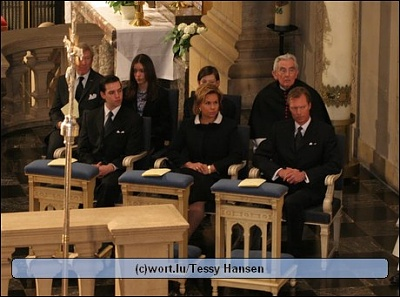 Click image for larger version  Name:TP_FAMILLE_20050410.jpg Views:439 Size:48.9 KB ID:124858