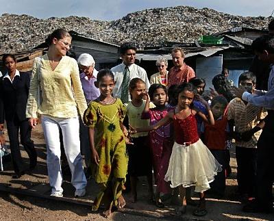 Click image for larger version  Name:slum 16 april_2.jpg Views:299 Size:74.0 KB ID:127117