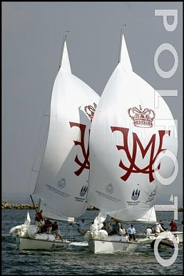 Click image for larger version  Name:2004-05-09 boat race.JPG Views:242 Size:27.8 KB ID:129660