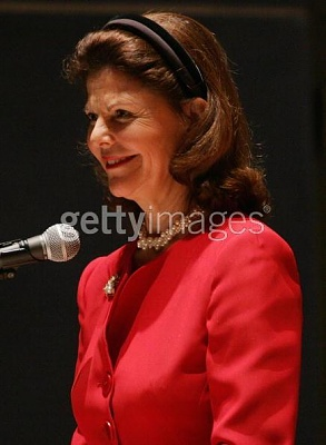 Click image for larger version  Name:NY 26 apr 2005_1.jpg Views:182 Size:28.4 KB ID:132754