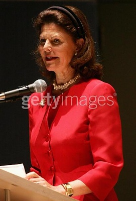 Click image for larger version  Name:NY 26 apr 2005_2.jpg Views:205 Size:27.6 KB ID:132755