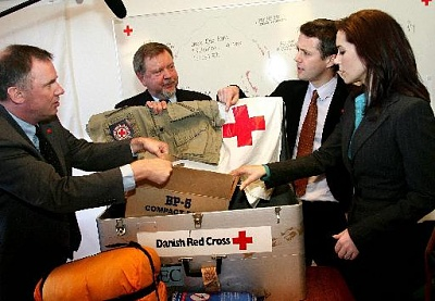 Click image for larger version  Name:2005-01-06 Red Cross 01.jpg Views:240 Size:36.1 KB ID:132874