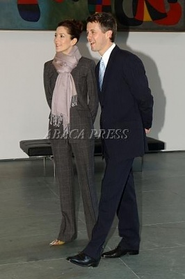 Click image for larger version  Name:2005-01-31 Museum 01.jpg Views:218 Size:18.5 KB ID:132886