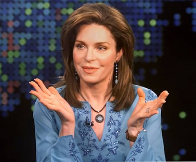 Click image for larger version  Name:queennoor-dop1a.jpg Views:287 Size:27.9 KB ID:134889