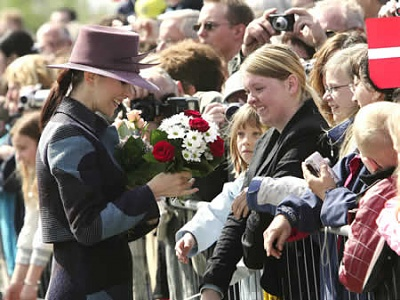 Click image for larger version  Name:princessmary-dop2a.jpg Views:265 Size:27.9 KB ID:137756